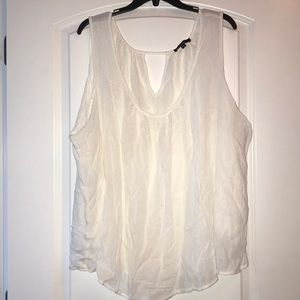 Adorable Ambiance Sleeveless Top, like new, 2XL